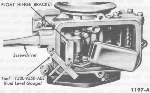 Fig. 10: Float Hinge Bracket Alignment